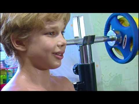 Posing in bodybuilding. Andrey Kostash 9 years /Позирование в бодибилдинге. Косташ Андрей 9 лет