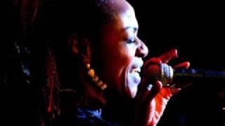 Sylvia Howard - I Wanna Go Somewhere