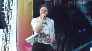 Olly Murs; I'm OK. 28th July 2012 - Colwyn Bay. Front Row, High Quality Mp3.