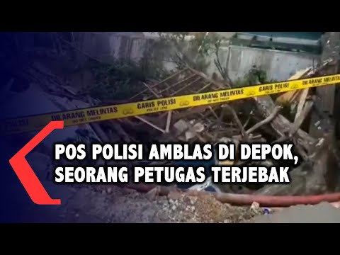 Pos Polisi di Depok Ambles, Satu Anggota Terjebak