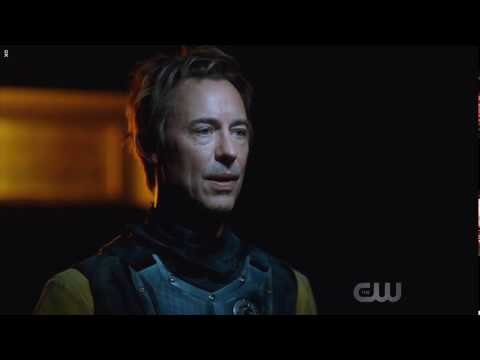 Flash season 5 episode 8 Nora travels to year 2049 and talks to Thawne (REVERSE FLASH)