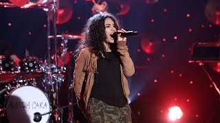 Alessia Cara Performs 'Wild Things'