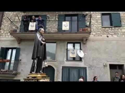 Preview video Video processione festività Beato Egidio da Laurenzana 2019 (dalla diretta streaming) Laurenzana 2 giugno 2019