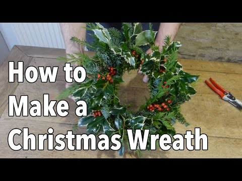 How to Make a Christmas Holiday Wreath