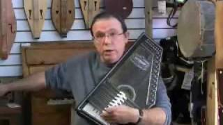 Autoharp beginner instruction with Arthur McGregor from the Ottawa Folklore Centre