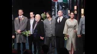 Nemzeti Színház - Egyszer élünk... - utolsó előadás, tapsrend (2013.05.16.)