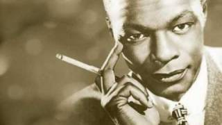 Nat King Cole - Santa Claus Is Coming to Town