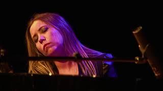 Natalia Posnova  - White Queen (As It Began)