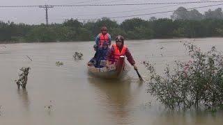 Tin Tức 24h: Triều cường liên tục uy hiếp kè biển xóm Rớ, Phú Yên
