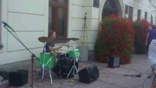 Video WALRUS   Finish Me Live - Hlavná Street Prešov