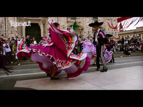 Un Flash Mob De Folclore Mexicano Se Representa En Italia