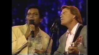 """Charley Pride & Glen Campbell Sing """"El Paso"""""""