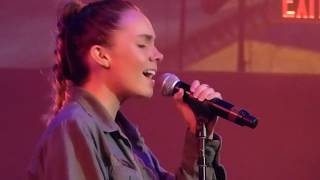 Danielle Bradbery - Layin Low  - at the Wolf Den 7/7/17