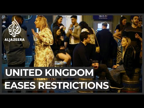 UK eases lockdown: Crowds and queues as hospitality venues open