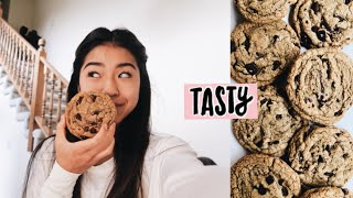 TESTING BUZZFEED TASTY PERFECT CHOCOLATE CHIP COOKIE