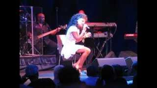 Chanté Moore As If We Never Met (Live)