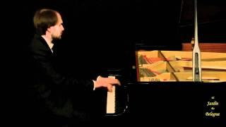 Claude Debussy. Prelude book 1 no 3. Le vent dans la plaine.