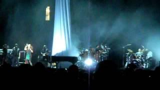 "Alicia Keys ""Love is Blind"" Essence Music Festival 2010"