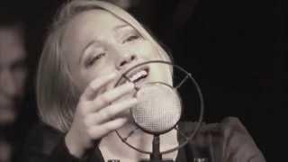 L'HYMNE À L'AMOUR - live - Evelyn Ruzicka singt Edith Piaf