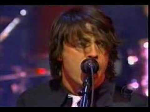 Foo Fighters - Breakout (Live on Letterman)