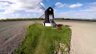 preview picture of video 'Pitstone Windmill April 2014'