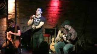 Dan Ferrari - Don't Let It Fall - The NY Songwriters Circle