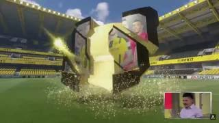 Marco Reus on Gamescom 2016 (FIFA 17)