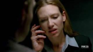 Olivia / Anna Torv speaks german (Fringe 1x07)