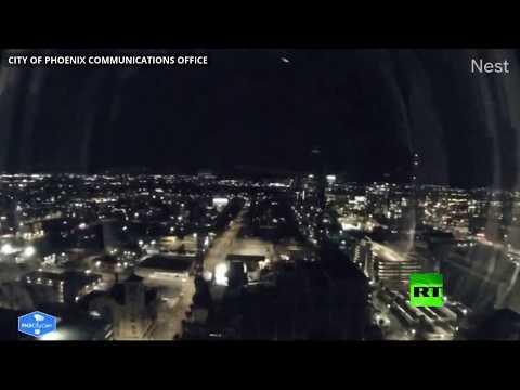 العرب اليوم - شاهد: كاميرات تسجل لحظة سقوط نيزك في أريزونا