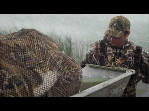 Waterfowl Hunters Aquatic Invasive Species PSA