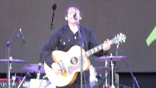 Lighting Seeds - Three Lions (performed live at Glastonbury).MTS
