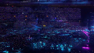 """Coldplay   """"Sky Full Of Stars"""" And """"Up & Up"""" (Live In Paris 15.07.2017)"""