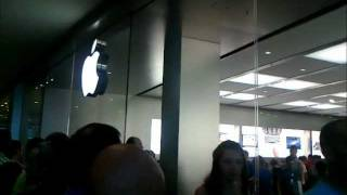 preview picture of video 'Apple Store Marcianise (CE) - Napoli - centro commerciale campania'