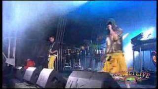 """Jersey Live 09 - Basement Jaxx """"Plug it in"""""""