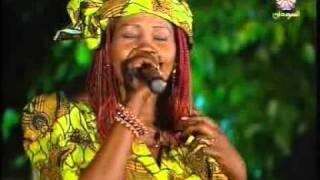 تحميل اغاني لوشيا جبريل أغنية بانتيو MP3