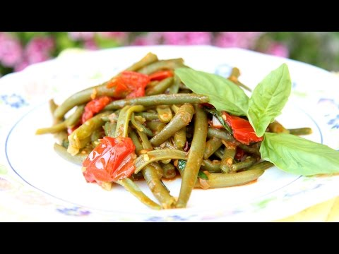 Nonna's Italian Green Beans Recipe – Laura Vitale – Laura in the Kitchen Episode 791