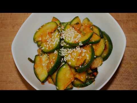 Video Healthy Sauteed Zucchini Side Dish