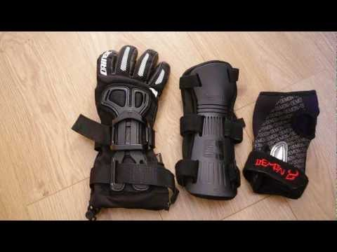 What wrist guard options are there for snowboarding ?
