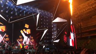 Robbie Williams - Party Like A Russian - Live - Budapest