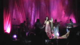 Salma Ya Salama - Dalida's song - Chantal Chamandy live