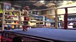 Узген Икбол бой нагдаунд 1-раунда индия г. Пуна