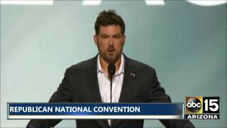 Marcus Luttrell: 'I Challenge All Of You To Fight For This Country'