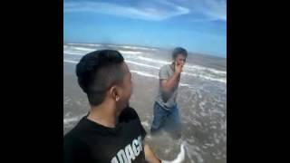 preview picture of video 'DAHSYAT!!!  Liburan lintas pulau, Pantai Rhu Rupat Island'