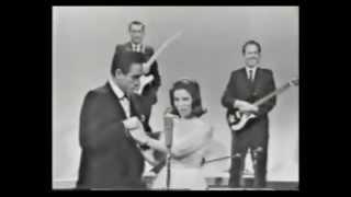 Johnny Cash & June Carter - 1967 [Raro]