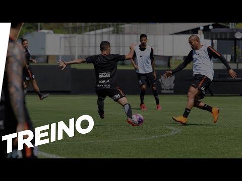 Último treino antes do clássico contra o Santos