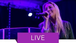 Alexa Feser   Wunderfinder Feat. Curse (Live)
