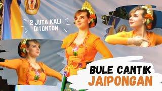 Jaipong Dance  Daun Pulus