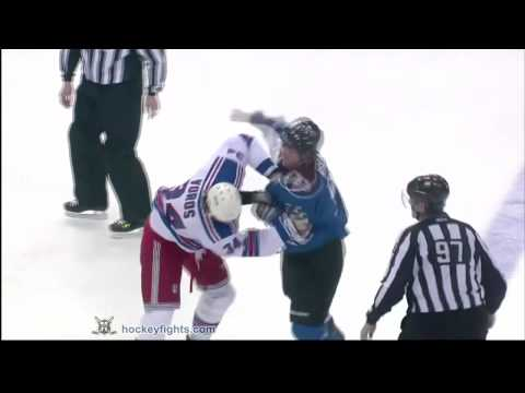 Cody McLeod vs. Aaron Voros