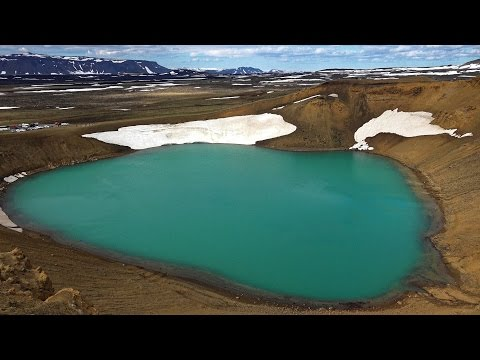טיול במיוואטן - האגם הקסום ביותר באיסלנד