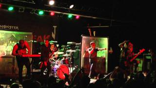 UTG TV: Abandon All Ships - Bro My God (Live 11-23-11)(1080p HD)